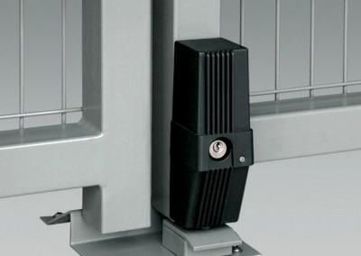 Der Elektroriegel ist die Absicherung des Antriebes bei Toren mit einem Flügel grö er als 3,5 m.